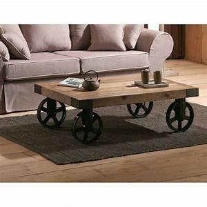 Table Basse A Roulette : table basse avec roulettes orme recycl et m tal landaise pier import ~ Teatrodelosmanantiales.com Idées de Décoration