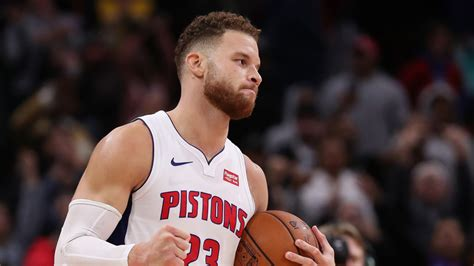 nba  blake griffin traveled committed foul