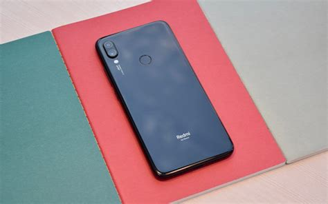 xiaomi redmi note 7 pro review back with a