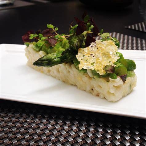 cuisine attitude lignac risotto traditionnel aux pointes d asperges vertes le