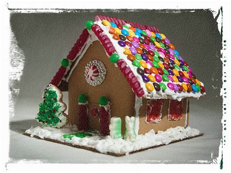 Wallpaper Gingerbread House by Lovely Gingerbread House Photo Gingerbread House
