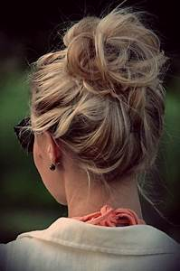 Quick And Easy Messy Bun Hairstyles Sortashion Hair