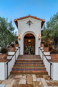 17, Spectacular, Mediterranean, Entrance, Designs, That, Do, Appeal