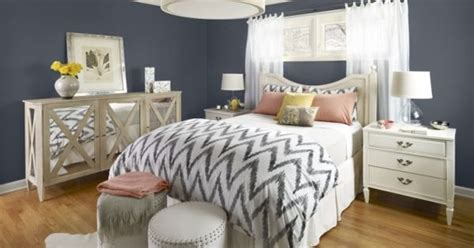 20 Marvelous Navy Blue Bedroom Ideas  Daily Source For