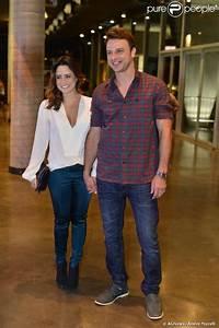 Fernanda Vasconcellos leva o namorado, Cássio Reis, para ...