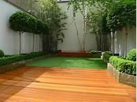 garden design pictures chelsea garden design hardwood decking artificial grass ...