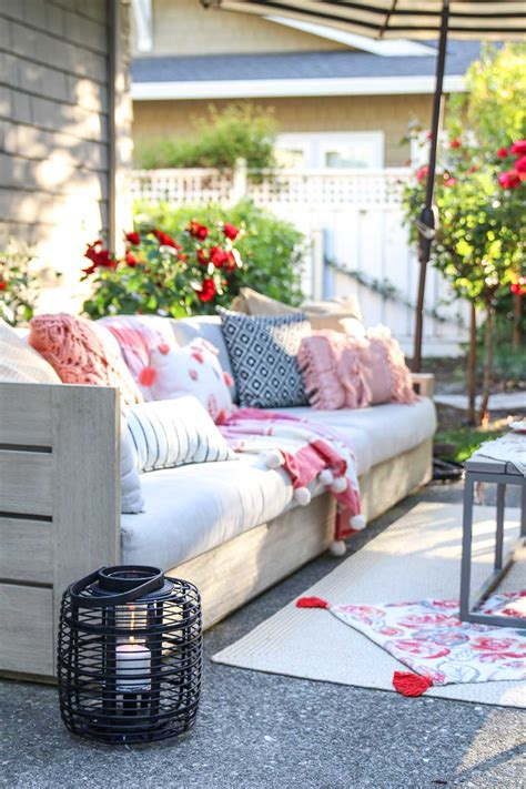 Backyard Ideas For Summer by Patio Decorating Ideas 7 Simple Summer Updates Modern Glam