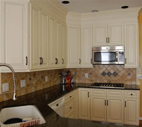how to update kitchen cabinets without replacing them image from https s media cache ak0 pinimg com 236x bf 41