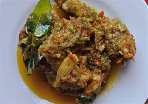 Tambahkan gula jawa, aduk rata. Resep Ayam Sambal Hijau / Ayam Lado Ijo oleh Shafina Putri - Cookpad