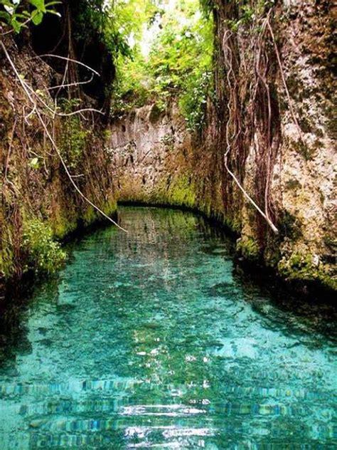los rios subterraneos en parque xcaret