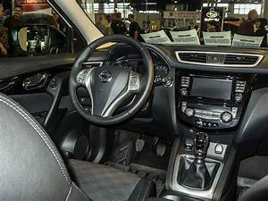 Interieur Nissan Qashqai : nissan qashqai modelljahr 2014 interieur foto auto motor und tuning show am ~ Medecine-chirurgie-esthetiques.com Avis de Voitures