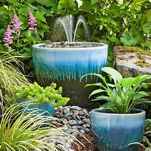 Diy garden fountain for Backyard water fountains