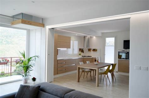stante 3d casa una casa con soggiorno e cucina divisi quando serve