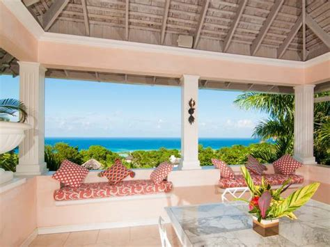 6 bedroom property for sale in near montego bay