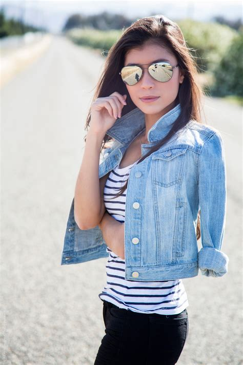 How To Style Sneakers This Spring u0026 Summer - Casual Outfit