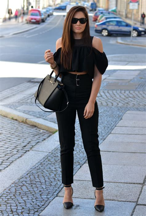 Outfit Ideas With Dark Blue Jeans