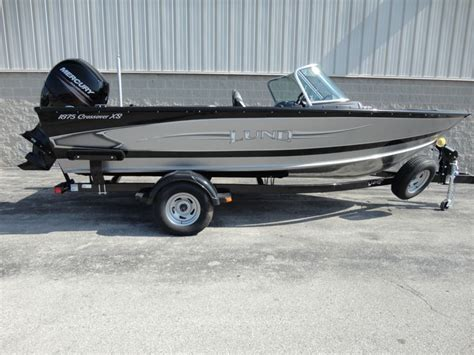 Best Fish And Ski Aluminum Boat by 25 Best Ideas About Fish And Ski Boats On