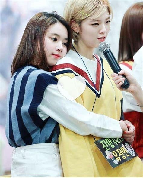 Jungyeon X Chaeyoung #momo #chaeyoung #mochaeng #nayeon