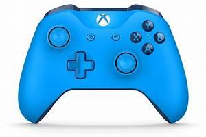Xbox One Wireless Controller Blue GameStop