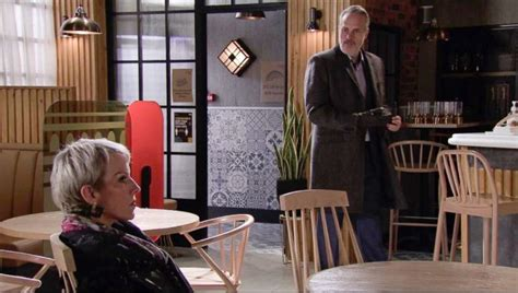 Coronation Street Spoilers: Why Debbie Helped Ray, Forced ...
