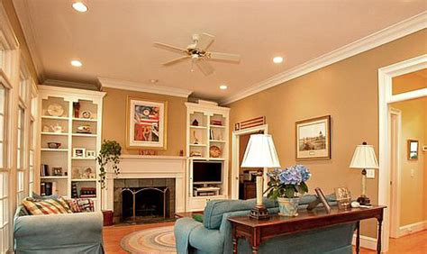 Living Room Crown Molding Pictures by Crown Molding Molding And Quality Crown Molding