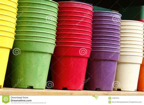 vasi di plastica per fiori vasi da fiori vasi da fiori di plastica immagine stock