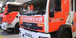 Bus Nach Leipzig : bus von freiberg nach leipzig autofahrer verletzt reifen eines busses in leipzig brennt und ~ Orissabook.com Haus und Dekorationen