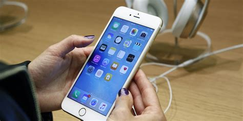 best on iphone the justice department backs the fbi s against apple
