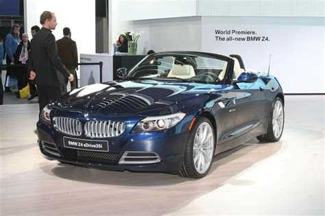Cars Showroom Bmwz4 2010