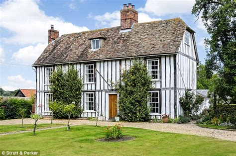 Olde Worlde Is Back As Historic Homes Enjoy A Revival