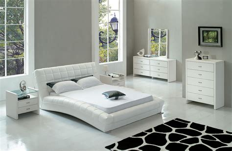 Cozy Style Modern White Bedroom Furniture Modern