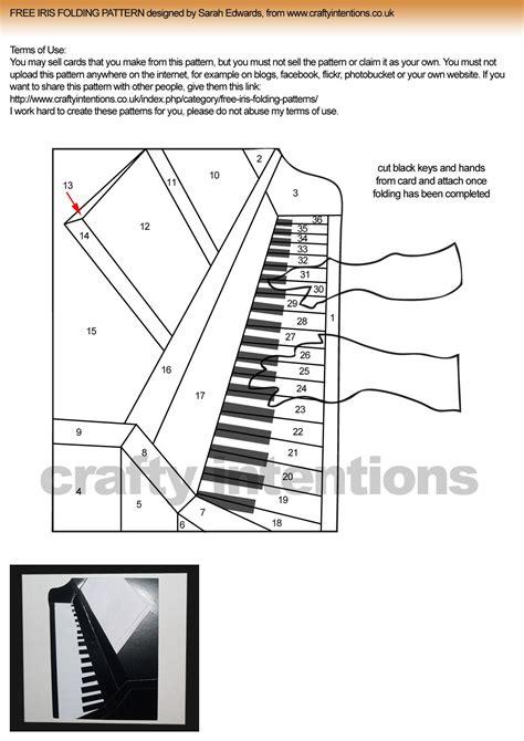image detail  iris folding circleofcrafters  maple