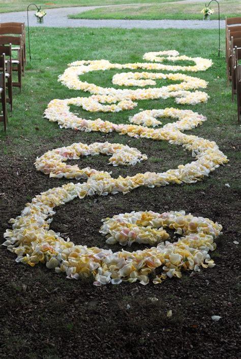 25 Best Ideas About Flower Petal Aisle On Pinterest