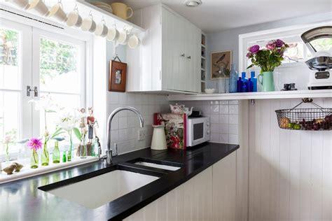 cuisine petit espace stunning cuisine design petit espace images seiunkel us