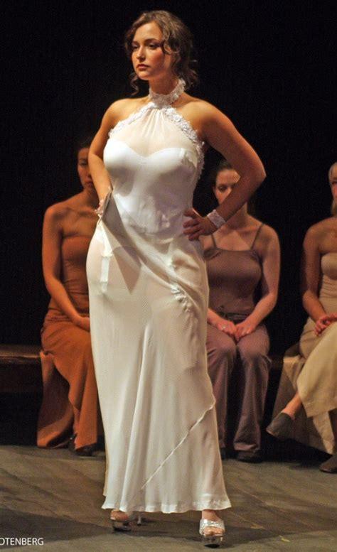 milana vayntrub facebook milana vayntrub milana vayntrub pinterest curves and