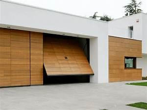 Porte guida alla scelta : Guida alla scelta delle migliori porte basculanti per garage