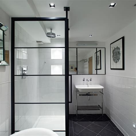 Black Frame Showers – Sophisticated With Modern Industrial