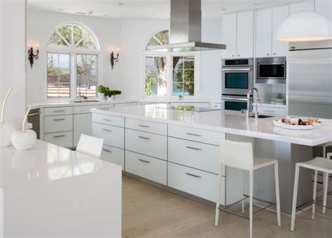 How To Warm Up An All White Kitchen * Kelly Bernier Designs