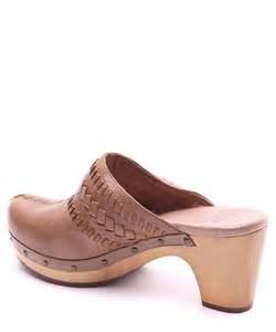 designer clogs ugg 39 s vivica leather clogs designer footwear sale outlet secretsales