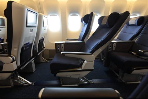 what does recline no upgrade but a happy on airways the