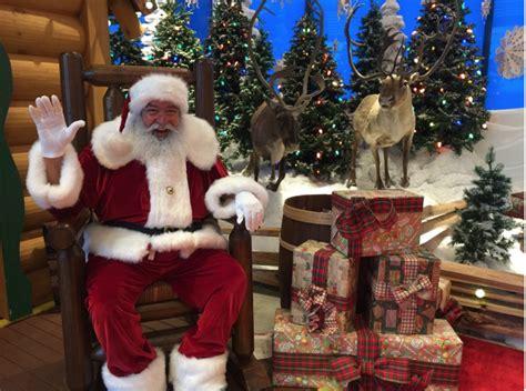 santa bass wonderland shops claus christmas santas rock meet round november december arrives shot roundtherocktx activities fun