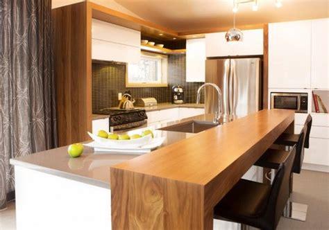 vers blanc dans la cuisine nous retrouvons dans cette cuisine l agencement de 2 tons