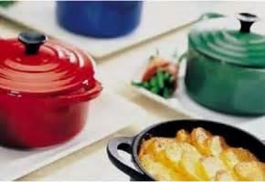 cuisiner avec une cocotte en fonte une cocotte en fonte infos pratiques pour utiliser