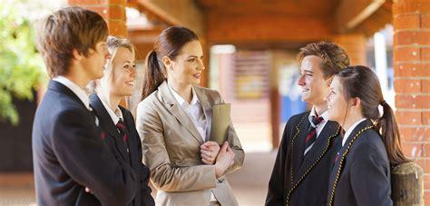 helping students negotiate conversational  academic