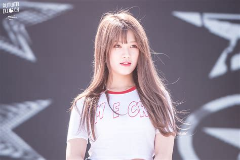 Today Is Also Her Birthday Clc Seunghee Kpics
