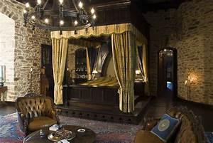 88 Medieval King Bedroom Medieval Room Castle Bedroom