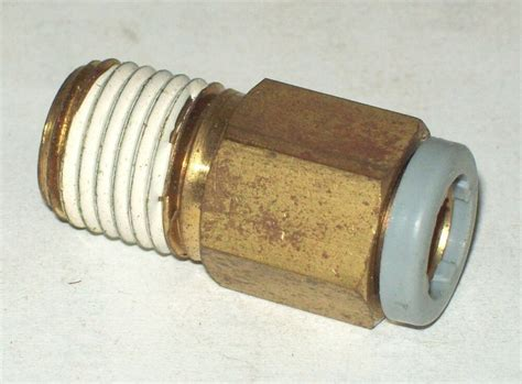 legris push  connect air fitting    npt
