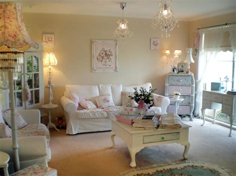 Glamorous Shabby Chic Living Room 14 051117 Katheryn