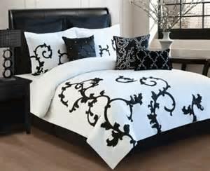 schlafzimmer beige wei modern design schlafzimmer komplett 4 teilig wei nussbaum schwarz neu schlafzimmer modern bilder schlafzimmer