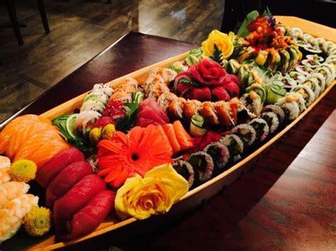 Boat Sushi by Sushi Boat Combo2 Picture Of Thai Samurai Restaraunt